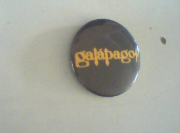 galapagos-pin-button-argentinian-hard-rock-metal-free-for-orders-of-25