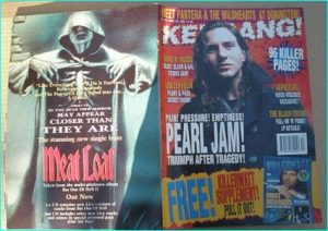 KERRANG - No.492 PEARL JAM, DEF LEPPARD, BLACK CROWES, PANTERA, LED ZEPPELIN, KILLING JOKE, BIOHAZRD, IRON MAIDEN, SOUNDGARDEN